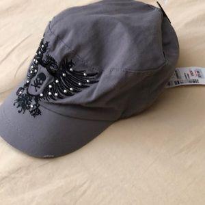D&Y David & Young Gray & black skull cap new wtags